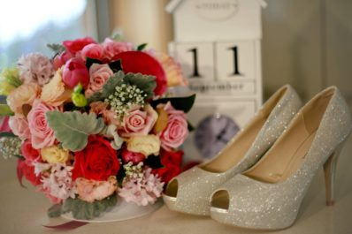 Celebrate your hen's night in style with one of Wollongong Flowers customised workshops